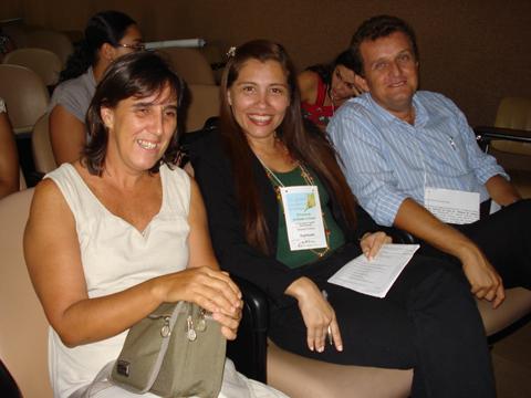 Biólogos Maria Cristina Basílio Crispim, Simone Porfírio e Walber Farias Marques.