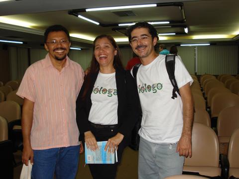 Biólogo Evandro do Nascimento Silva, Simone Porfírio e Getúlio Luís de Freitas.